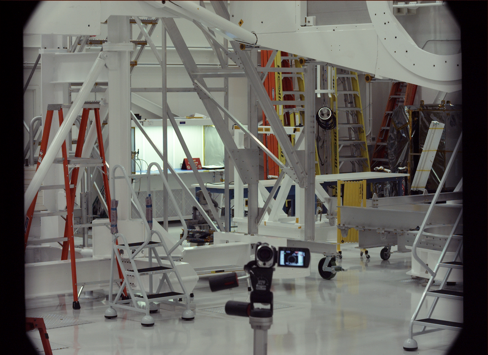 spacecraft assembly facility - photo #21